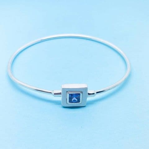 Genuine 925 Sterling Silver Bangle with Square Purple / Blue Stone Set Clasp